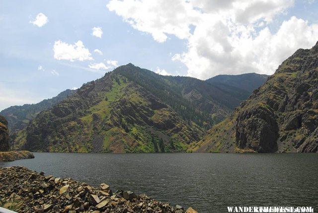 Hells Canyon near the dam