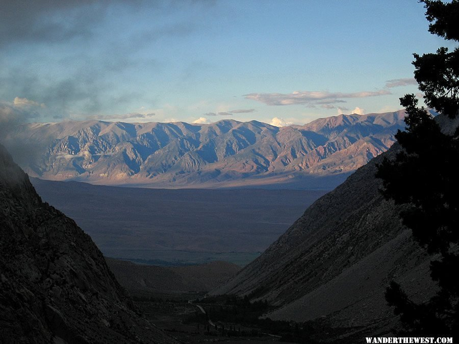 View of Owens Valley and the White Mountains from the Sierras