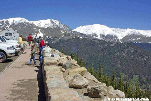 Crowded Overlook on Trail Ridge Road