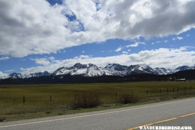 Beautiful Sawtooth scenery at hwy 75/21 junction