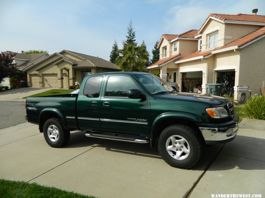 2000 tundra 4x4 trd for sale 8500 gear exchange. Black Bedroom Furniture Sets. Home Design Ideas