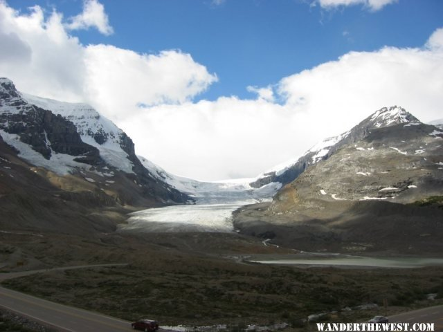 2005 41 CAN BANFF ICEFIELDS PKY ATHABASCA GLACIER