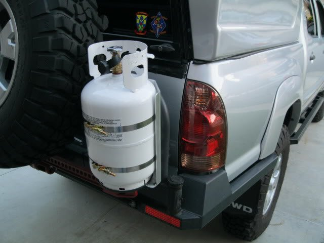 propane tank between truck bed and camper - Truck Campers ...