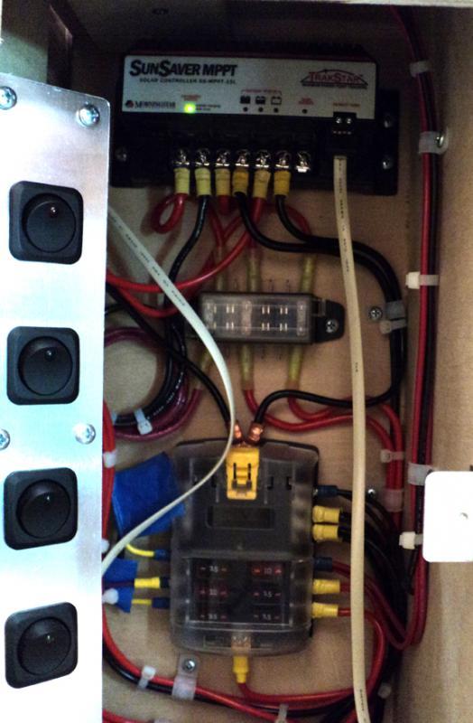 12VDCCabinet3_zps881745e4.jpg